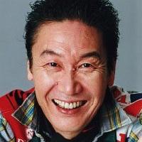 山本寛斎さん