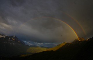 アイガーに懸かる虹